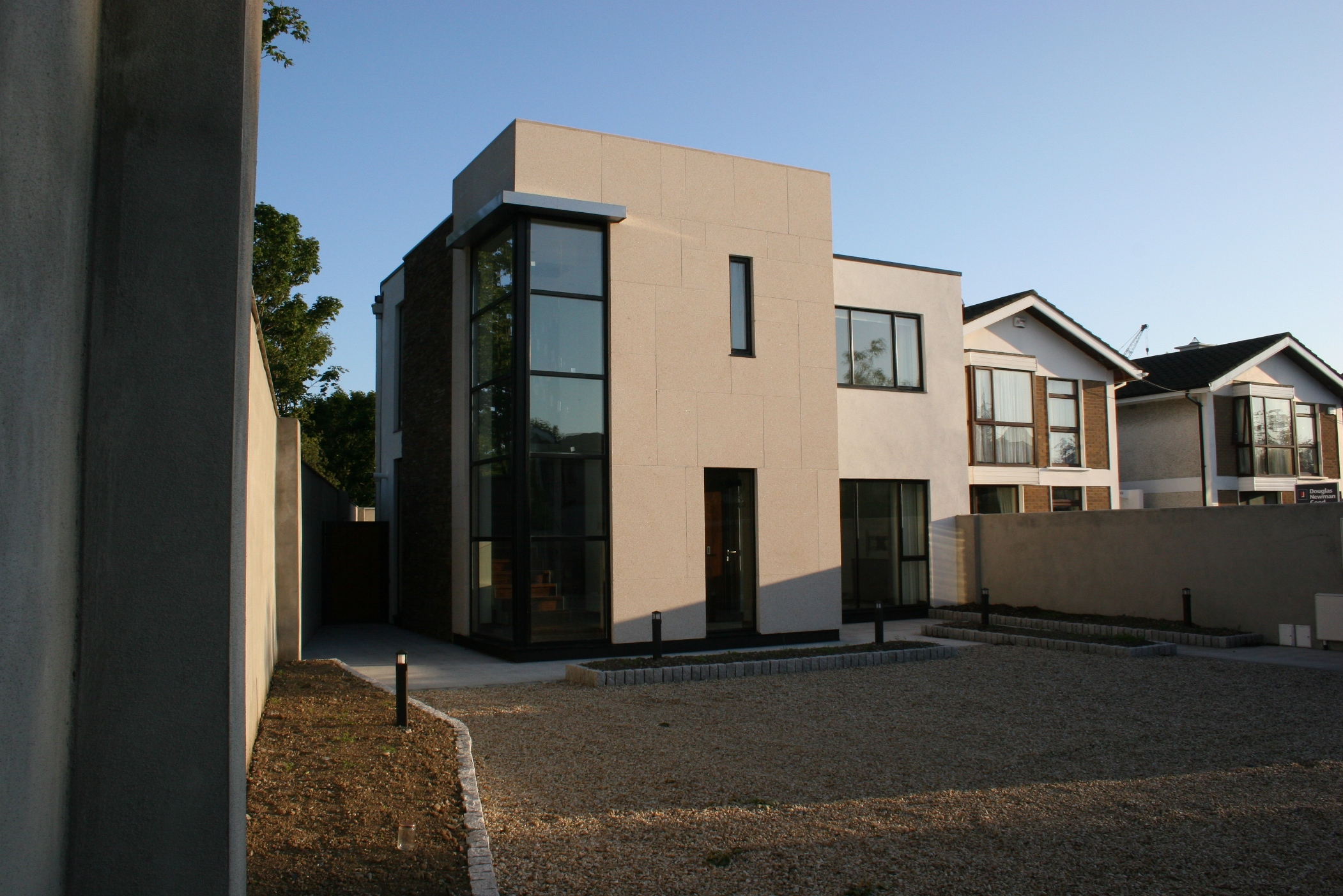 A modern new build to a side garden in stillorgan co dublin
