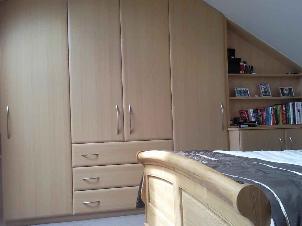 Great Attic Bedroom Wardrobe 1024 x 768 · 352 kB · jpeg