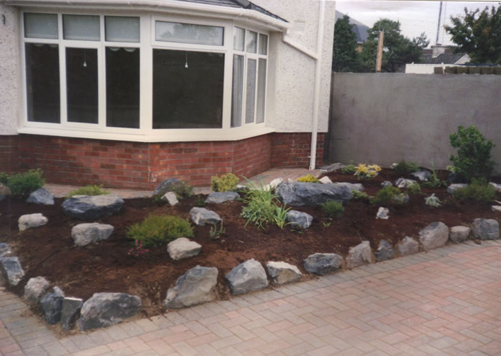 View pictures and photos for complete garden maintenance for Complete garden services