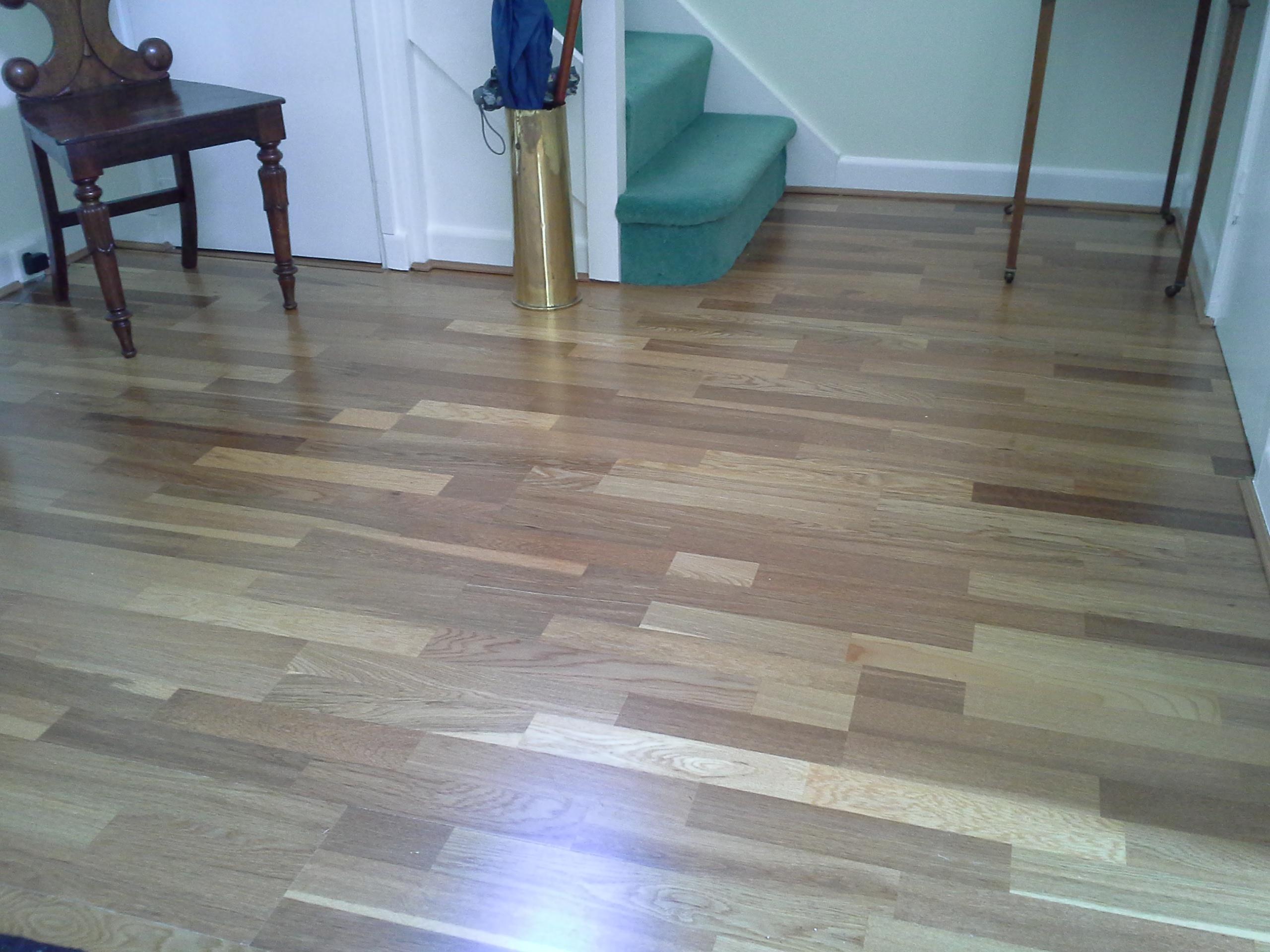 3 plank semi solid oak floor,alternate view.