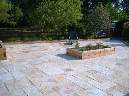 PATIO  AREA: TINTED MINT / INDIAN SANDSTONE