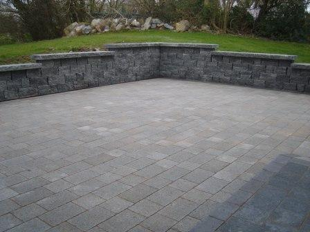 Mellifont Natural With Raven Border & Kerbing.