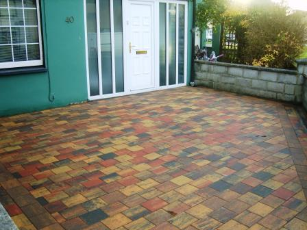 PATIO AREA: CORRIB RUSTIC