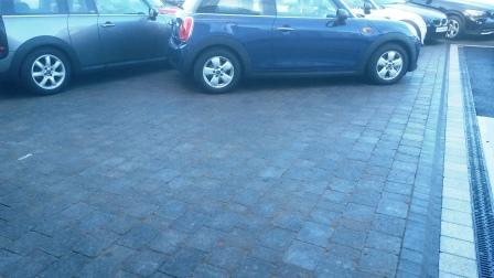 Sienna silver & Tegula Charcoal with Kerbsetts