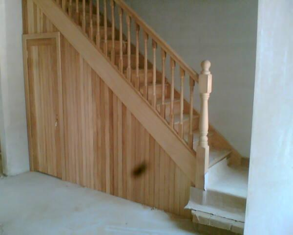 View pictures and photos for neil murphy cabinet making for Quarter landing staircase
